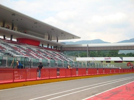 MUGELLO CIRCUIT 5 JUNE 11 NATIONAL PREMIER CUP - FREDDIEFIX19